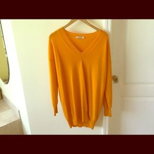 Max Mara long  sleeves 100% cachemire sweater